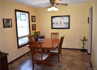 Photo 4: 41 Maple Drive: Oakbank Residential for sale (R04)  : MLS®# 1714440