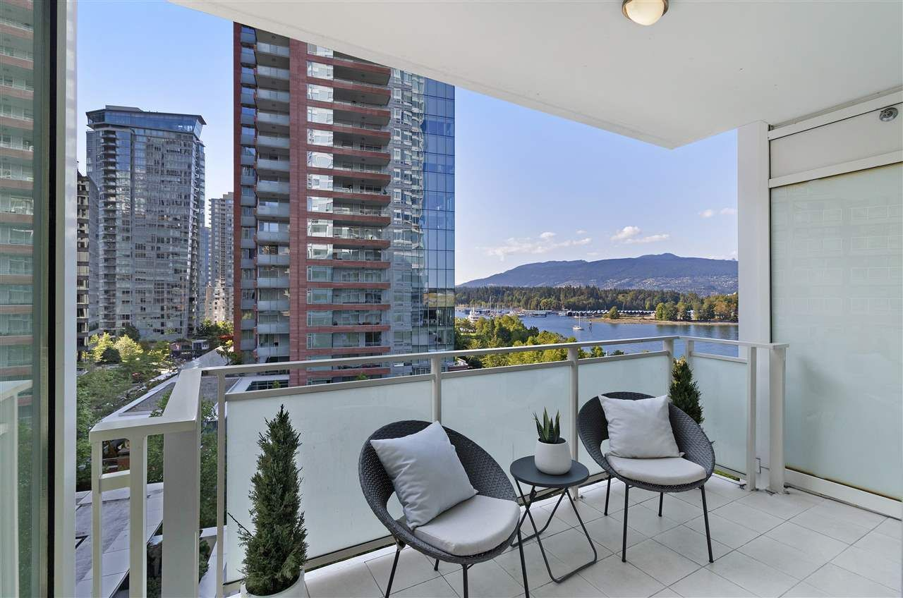 "Photo 21: Photos: 504 1139 W CORDOVA Street in Vancouver: Coal Harbour Condo for sale in ""Two Harbor Green"" (Vancouver West)  : MLS®# R2398290"