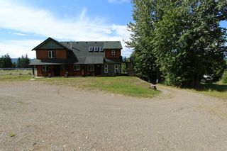 Photo 2: 7823 Squilax Anglemont Road in Anglemont: North Shuswap House for sale (Shuswap)  : MLS®# 10116503