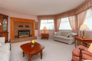 Photo 7: 3 10101 Fifth St in Sidney: Si Sidney North-East Row/Townhouse for sale : MLS®# 860151