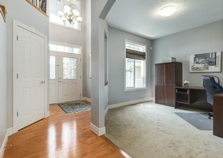Photo 2: 176 Hawkmere Way: Chestermere Detached for sale : MLS®# A1129210