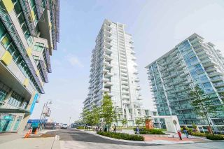 Photo 2: 2504 258 NELSON'S Crescent in New Westminster: Sapperton Condo for sale : MLS®# R2581750
