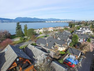 Photo 3: 3236 West 1st Ave in Vancouver: Home for sale : MLS®# V1106157