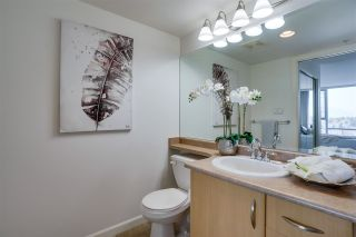 """Photo 12: 1703 720 HAMILTON Avenue in New Westminster: Uptown NW Condo for sale in """"Generations"""" : MLS®# R2447209"""
