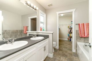 """Photo 12: 19043 69A Avenue in Surrey: Clayton House for sale in """"CLAYTON VILLAGE"""" (Cloverdale)  : MLS®# R2295527"""