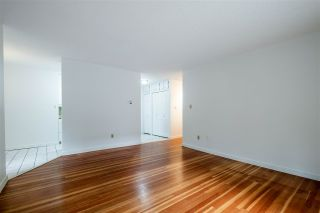 """Photo 14: 103 2100 W 3RD Avenue in Vancouver: Kitsilano Condo for sale in """"PANORAMA PLACE"""" (Vancouver West)  : MLS®# R2457956"""