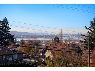 Photo 11: 2051 DAWES HILL RD in Coquitlam: Central Coquitlam House for sale : MLS®# V1108687