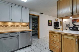 Photo 31: 2304 54 Avenue SW in Calgary: North Glenmore Park Detached for sale : MLS®# A1102878