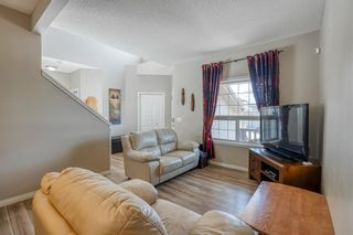 Photo 5: 32 ROCKYWOOD Park NW in Calgary: Rocky Ridge Detached for sale : MLS®# A1091115