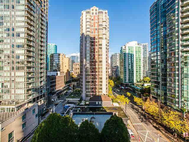 Main Photo: 1210 909 MAINLAND STREET in : Yaletown Condo for sale : MLS®# V1095514