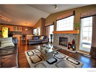 Photo 10: 467 Reg Wyatt Way in WINNIPEG: North Kildonan Residential for sale (North East Winnipeg)  : MLS®# 1522770