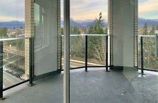 """Photo 3: 1005 5470 ORMIDALE Street in Vancouver: Collingwood VE Condo for sale in """"Wall Centre Central Park"""" (Vancouver East)  : MLS®# R2426749"""