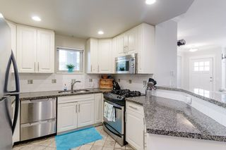 """Photo 7: 2539 EAST Mall in Vancouver: University VW Townhouse for sale in """"LOGAN LANE"""" (Vancouver West)  : MLS®# R2447292"""