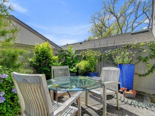 Photo 61: 2 735 MOSS St in : Vi Rockland Row/Townhouse for sale (Victoria)  : MLS®# 875865