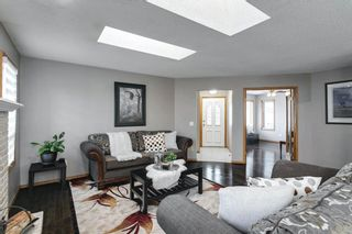 Photo 5: 11 Sanderling Hill NW in Calgary: Sandstone Valley Detached for sale : MLS®# A1149662
