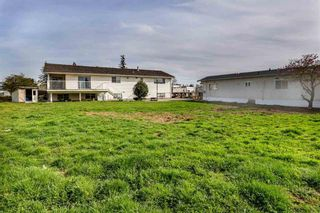 Photo 3: 1825 Bradner Road in Abbotsford: Aberdeen House for sale : MLS®# R2424331