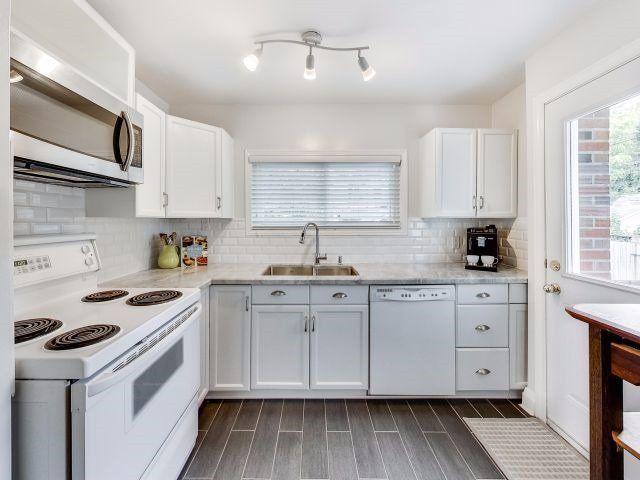 Photo 10: Photos: 171 Linsmore Crescent in Toronto: Danforth Village-East York House (2-Storey) for sale (Toronto E03)  : MLS®# E3951999