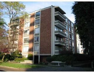 """Photo 1: 502 5350 BALSAM Street in Vancouver: Kerrisdale Condo for sale in """"BALSAM HOUSE"""" (Vancouver West)  : MLS®# V676878"""