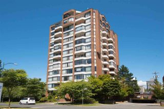 """Photo 1: 404 2189 W 42ND Avenue in Vancouver: Kerrisdale Condo for sale in """"Governor Point"""" (Vancouver West)  : MLS®# R2112248"""