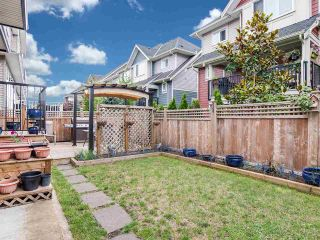 """Photo 16: 21028 76A Avenue in Langley: Willoughby Heights House for sale in """"Yorkson"""" : MLS®# R2387312"""