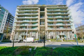 """Photo 32: 2 ATHLETES Way in Vancouver: False Creek Townhouse for sale in """"KAYAK-THE VILLAGE ON THE CREEK"""" (Vancouver West)  : MLS®# R2564490"""