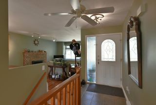 Photo 5: 1039 ROSAMUND Road in Gibsons: Gibsons & Area House for sale (Sunshine Coast)  : MLS®# R2615886