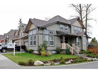 """Photo 2: 20915 71A Avenue in Langley: Willoughby Heights House for sale in """"MILNER HEIGHTS"""" : MLS®# F1436884"""