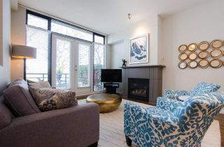 """Photo 3: 2780 VINE Street in Vancouver: Kitsilano Townhouse for sale in """"MOZAIEK"""" (Vancouver West)  : MLS®# R2160680"""