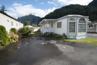 """Photo 16: 20 62780 FLOOD HOPE Road in Hope: Hope Center Manufactured Home for sale in """"LISMORE SENIORS COMMUNITY"""" : MLS®# R2206805"""