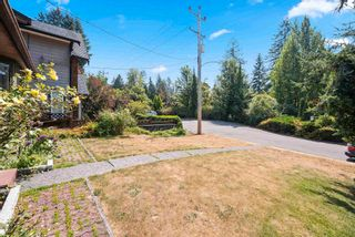 Photo 3: 2644 BENDALE Place in North Vancouver: Blueridge NV House for sale : MLS®# R2606910