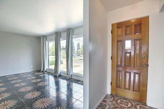 Photo 2: 7311 98 Avenue in Edmonton: Zone 18 House for sale : MLS®# E4253906