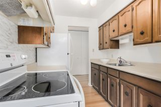 """Photo 6: 310 1515 E 5TH Avenue in Vancouver: Grandview VE Condo for sale in """"WOODLAND PLACE"""" (Vancouver East)  : MLS®# R2000836"""
