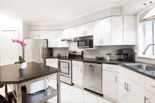 """Photo 9: 1203 PLATEAU Drive in North Vancouver: Pemberton Heights Townhouse for sale in """"Plateau Village"""" : MLS®# R2418766"""