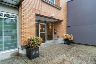 Photo 5: 402 3580 W 41ST AVENUE in Vancouver: Southlands Condo for sale (Vancouver West)  : MLS®# R2620008