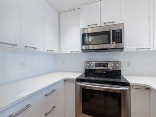 Photo 4: 403 24 VARSITY ESTATES Circle NW in Calgary: Varsity Apartment for sale : MLS®# C4194427