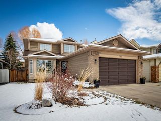 Main Photo: 256 Sunmills Drive SE in Calgary: Sundance Detached for sale : MLS®# A1097106