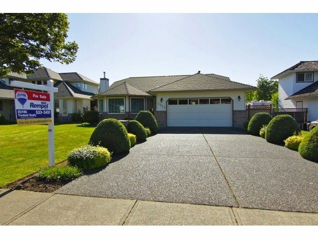 Main Photo: 4553 217A Street in Langley: Murrayville House for sale : MLS®# F1316260