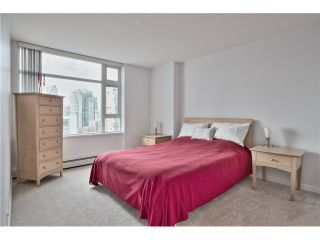 "Photo 12: 1708 198 AQUARIUS Mews in Vancouver: Yaletown Condo for sale in ""AQUARIUS 2"" (Vancouver West)  : MLS®# V1059112"