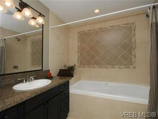 Photo 15: 209 755 Goldstream Ave in VICTORIA: La Langford Proper Condo for sale (Langford)  : MLS®# 590944