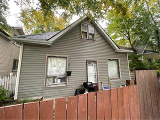 Photo 1: 477 Magnus Avenue in Winnipeg: North End Residential for sale (4A)  : MLS®# 202122975