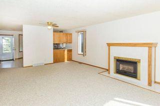 Photo 4: 321 1st Street: Milo House for sale : MLS®# C4149480