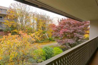 """Photo 14: 311 1955 WOODWAY Place in Burnaby: Brentwood Park Condo for sale in """"DOUGLAS VIEW"""" (Burnaby North)  : MLS®# R2118923"""