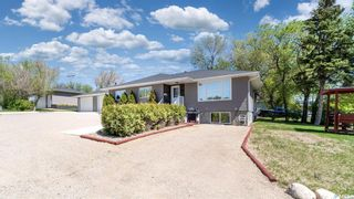 Photo 2: 1004 Athabasca Street East in Moose Jaw: Hillcrest MJ Residential for sale : MLS®# SK857165