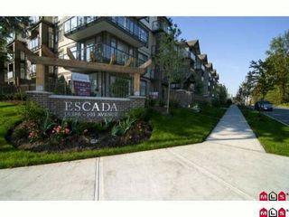 """Photo 5: 317 15388 101ST Avenue in Surrey: Guildford Condo for sale in """"ESCADA"""" (North Surrey)  : MLS®# F1008761"""