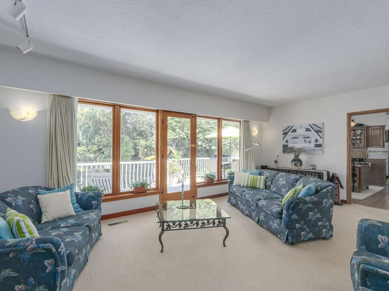 Photo 4: Photos: 587 HARRISON Avenue in Coquitlam: Coquitlam West House for sale : MLS®# R2097877