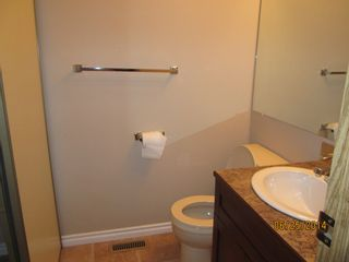 Photo 5: 10205 158 Avenue in Edmonton: Abbeydale Condo for rent