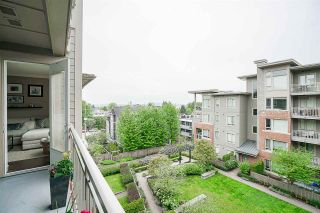 "Photo 11: 423 119 W 22ND Street in North Vancouver: Central Lonsdale Condo for sale in ""Anderson Walk"" : MLS®# R2168632"