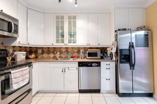 """Photo 8: 287 BALMORAL Place in Port Moody: North Shore Pt Moody Townhouse for sale in """"BALMORAL PLACE"""" : MLS®# R2538188"""
