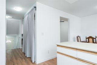 """Photo 2: 30 3087 IMMEL Street in Abbotsford: Central Abbotsford Townhouse for sale in """"Clayburn Estates"""" : MLS®# R2359135"""