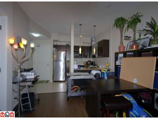 """Photo 3: 115 10499 UNIVERSITY Drive in Surrey: Whalley Condo for sale in """"D'Cor"""" (North Surrey)  : MLS®# F1107560"""